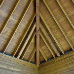天井のお掃除でハタキはNGです